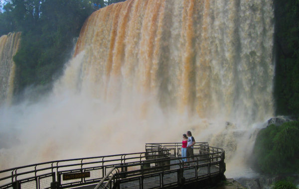 Iguazu Falls 3 Days & 2 Nights Tour